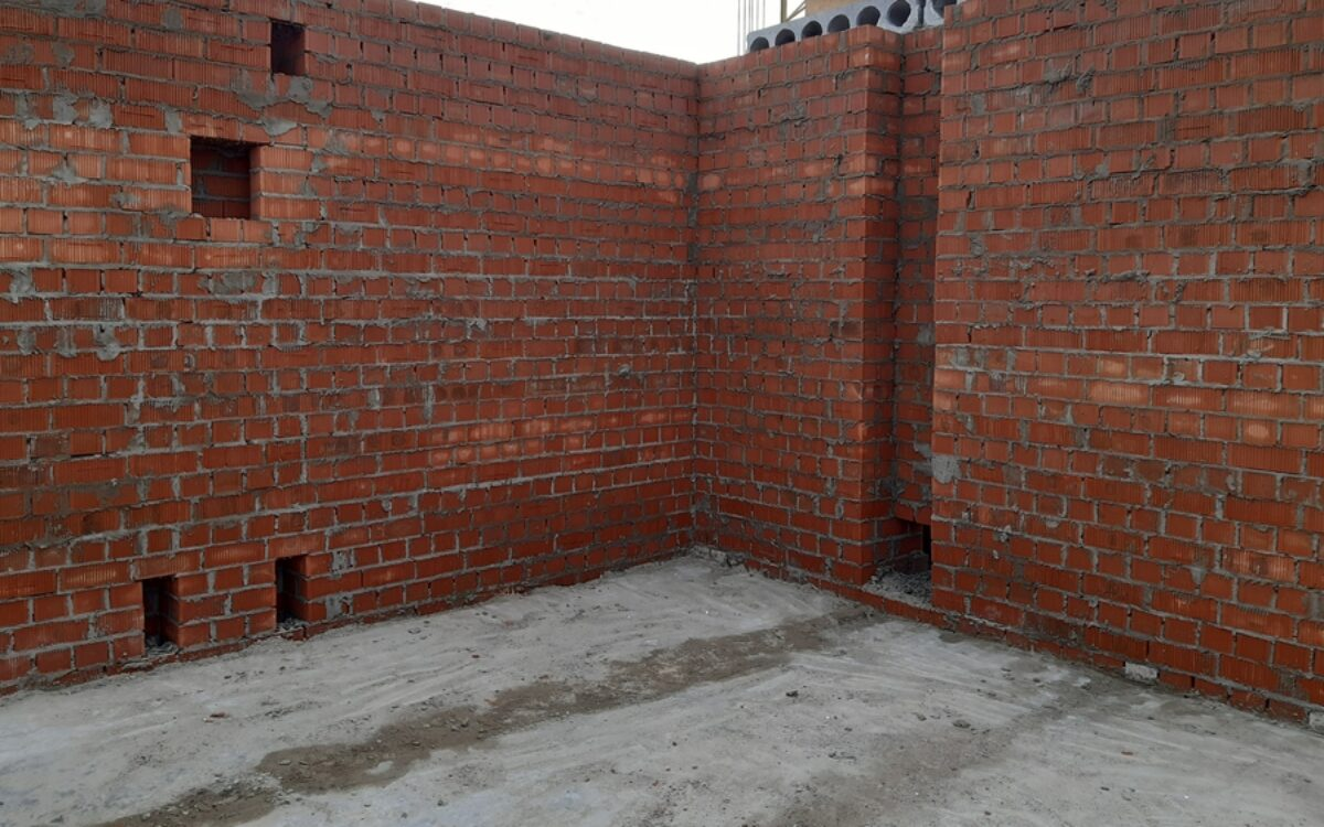 кладка несущих стен секции № 2