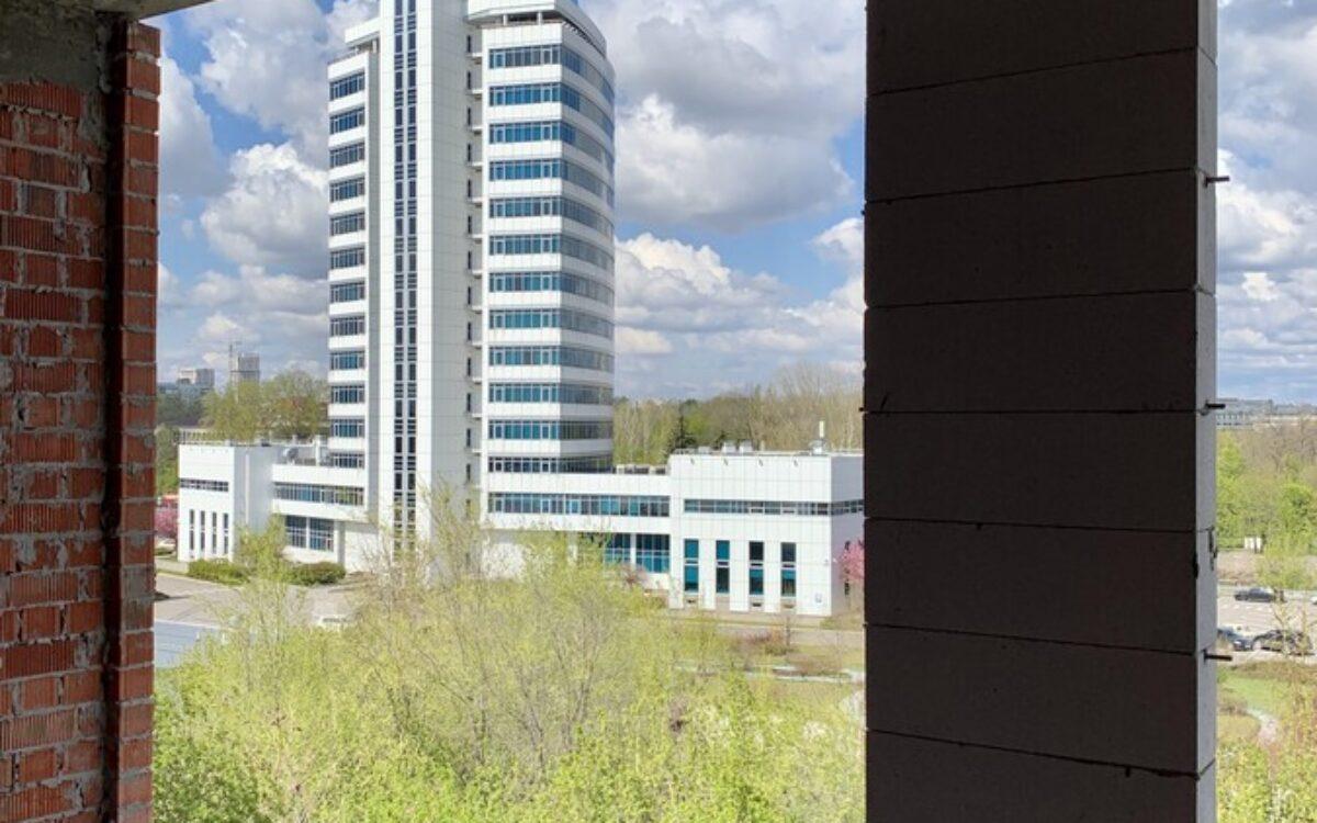 вид из окна на проспект Гагарина