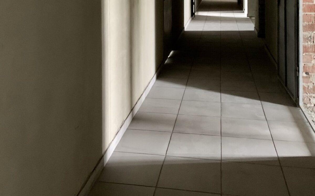 Кладка плитки на коридоре, Секция 2